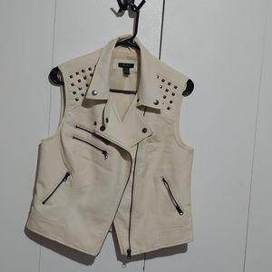 Other - Stylish vest
